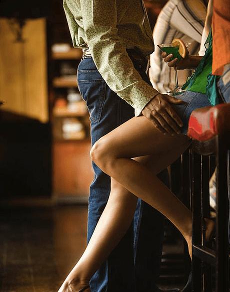 fille cherche contact physique)