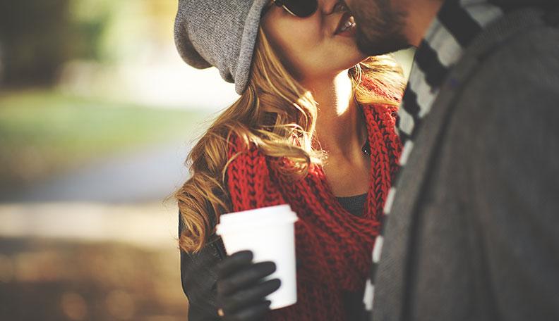 comment embrasser une fille pour la première fois