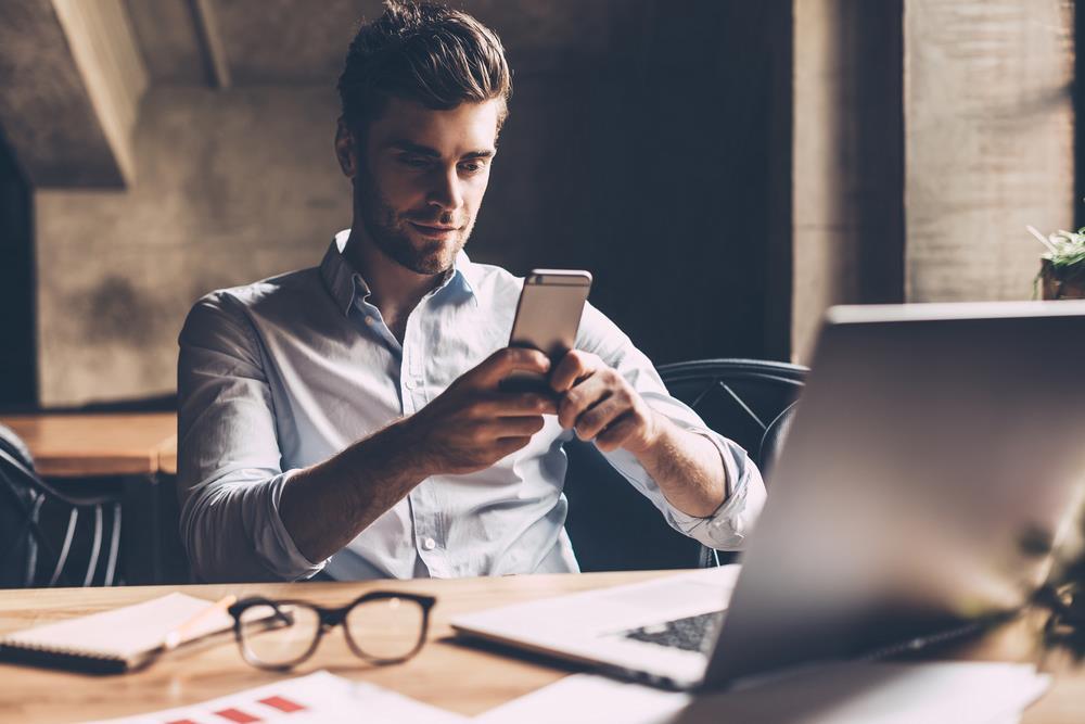 relancer un homme par sms sans le harceler