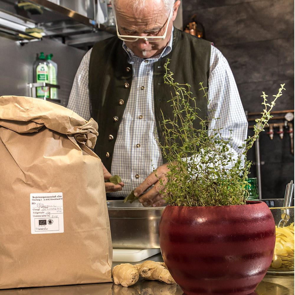 See-Destillerie - St. Wolfgang im Salzkammergut - Impressionen aus der Brennerei