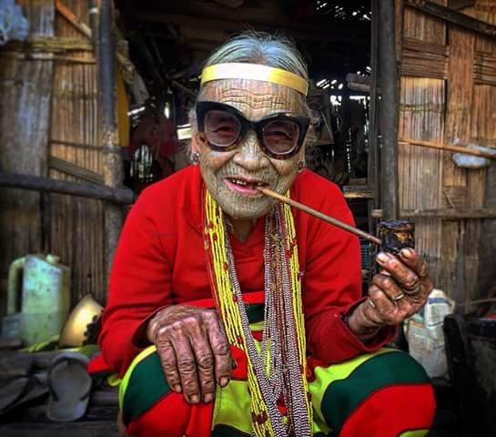 Burmese women: A culture of beauty