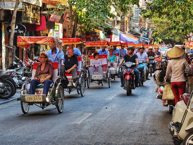 Vietnam Holidays Group Tour Hanoi Cyclo