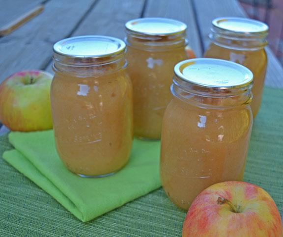 jars of homemade applesauce