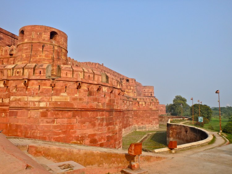 day trip to the Agra Fort, places to visit in agra india when is the best time to visit the taj mahal