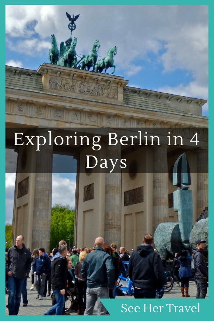4 Travel Outfits Using A Capsule Wardrobe: What To See And Do In Berlin