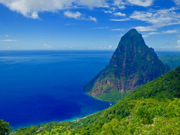 Gros piton soufriers St. Lucia
