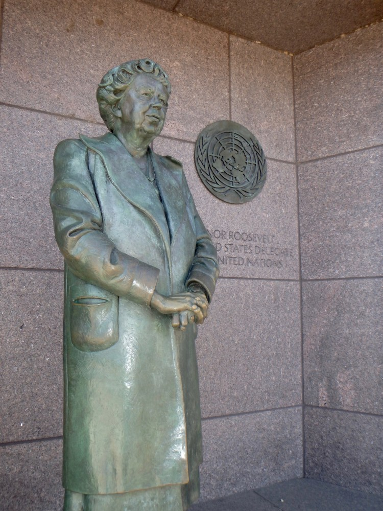 roosevelt memorial Eleanor roosevelt statue washington national mall things to see in DC