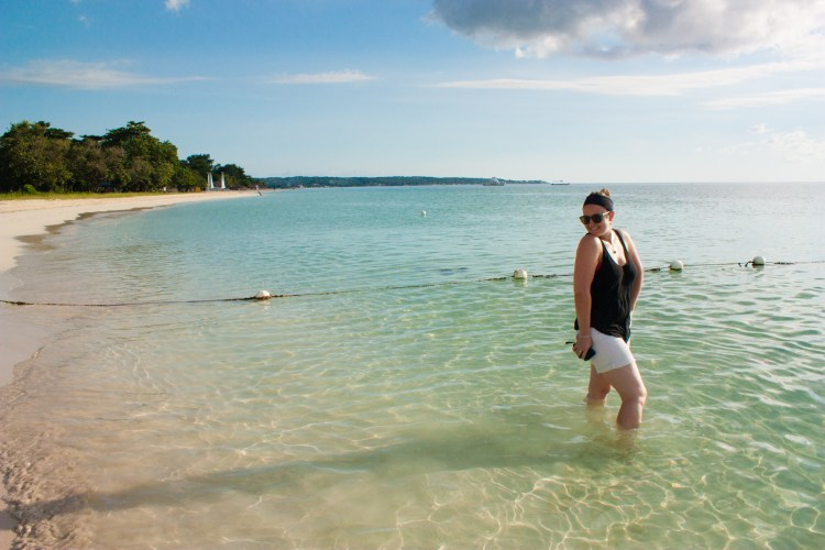 safety tips for solo female travel how to stay safe solo