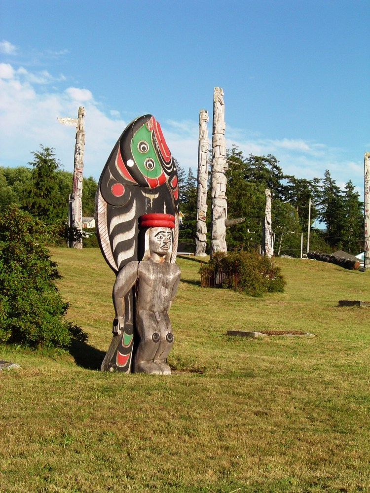 where to see totem poles in British columbia canada
