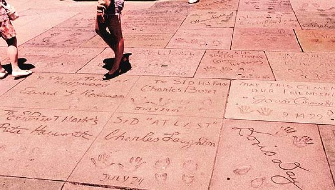 Resultado de imagem para hollywood sidewalk signatures footprints mixed actors