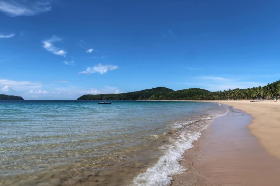 Enjoy a beach vacation in your 20's at Nacpan Beach Palawan