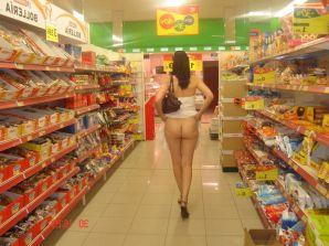 Round Ass Teen Showing Ass at the Supermarket