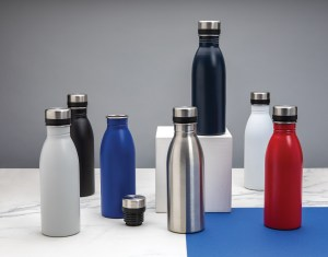 Reusable stainless steel water bottles