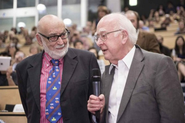 François Englert (left) and Peter Higgs at CERN on 4 July 2012, on the occasion of the announcement of the discovery of a Higgs boson by the ATLAS and CMS experiments (Image: Maximilien Brice/CERN)