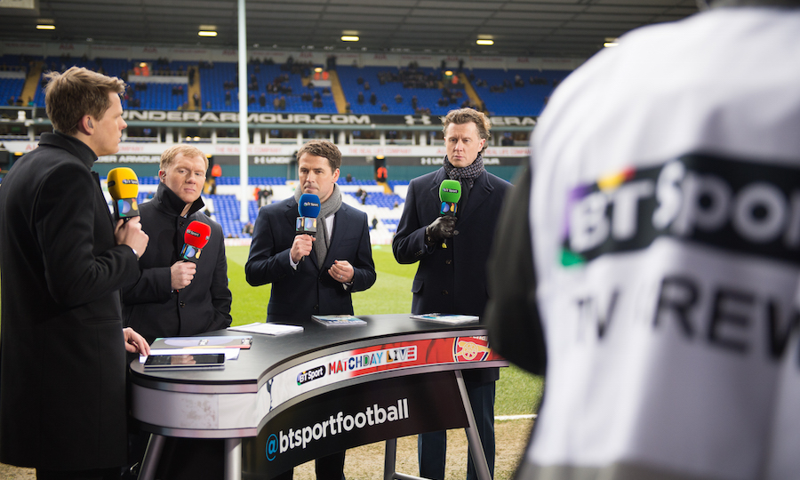 L-R Jake Humphrey, Paul Scholes, Michael Owen and Steve McManaman. Pitchside presentation at Spurs v Arsenal. Image: BT