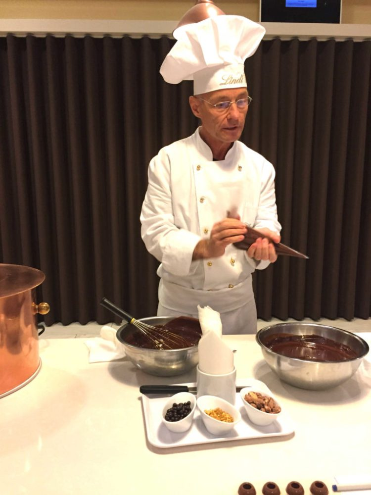 lindt-chocolateria-champagne-truffles-workshop