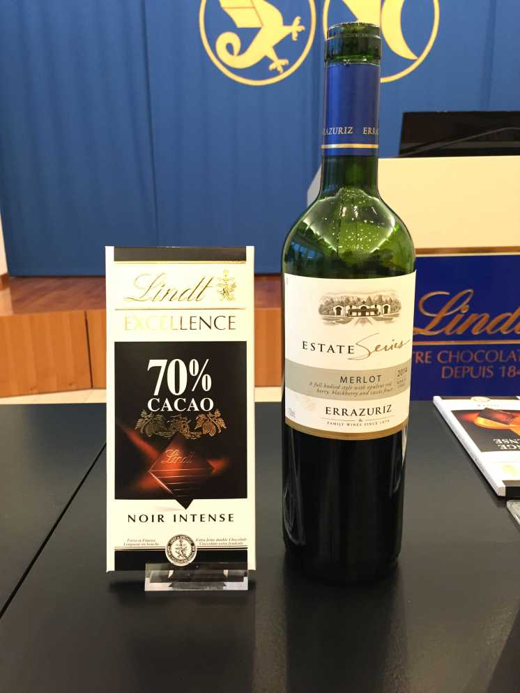 lindt-chocolate-noir-70-and-errazuriz-estate-series-merlot-wine