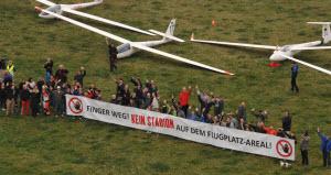 Freiburg_Demo_Flugplatz