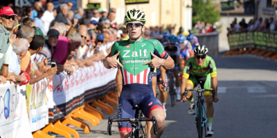 Alberto Dainese will ride for the Academy