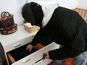 ladro in casa - ladro-in-casa