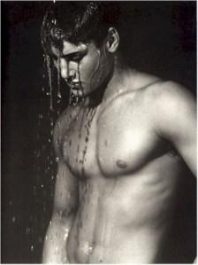 ragazzo sotto la doccia guy in the shower - ragazzo-sotto-la-doccia-guy-in-the-shower