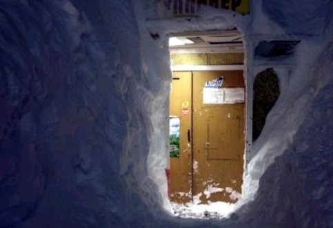 """Russia travolta da uno """"tsunami di neve"""""""