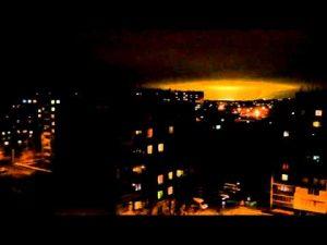Sfera incandescente avvistata a Chelyabinsk
