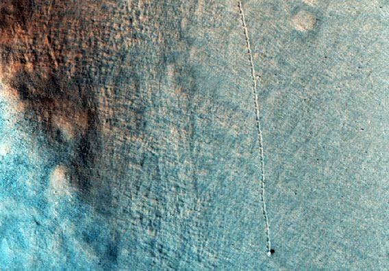 Il Pianeta Rosso non smette di sorprendere: rocce rotolanti su Marte