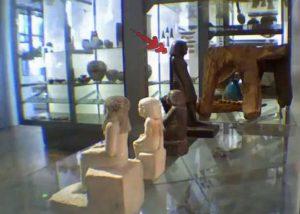 Risolto il mistero della statuetta egizia che ruota