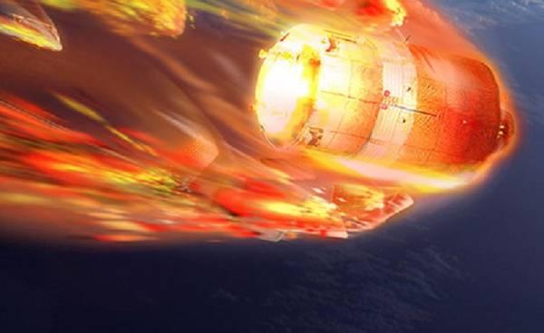 Navicella russa in caduta libera verso la Terra