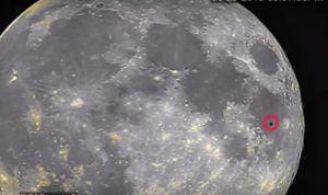 Misterioso oggetto ripreso vicino la Luna