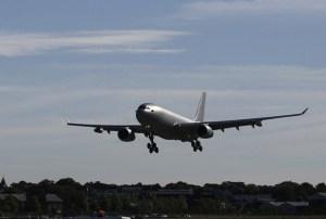 Ufo sfreccia vicino aereo di linea a Manchester