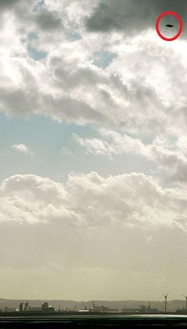 Ufo avvistato nei cieli di Bristol