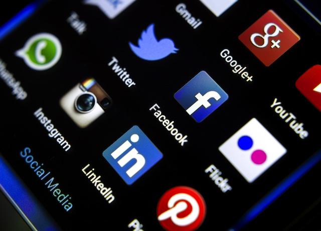 Aseguradoras apuestan por las redes sociales
