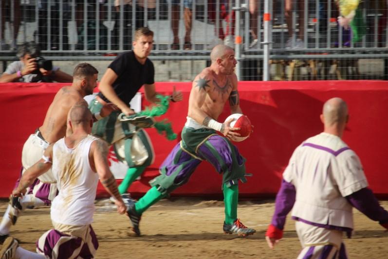 Calcio storico Verdi Bianchi - Foto di Matteo Venturi 055