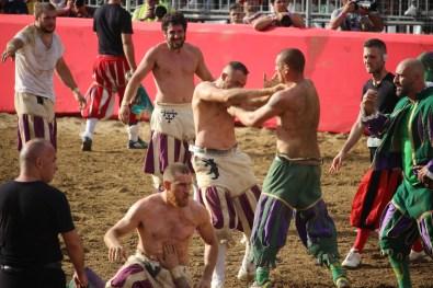 Calcio storico Verdi Bianchi - Foto di Matteo Venturi 061