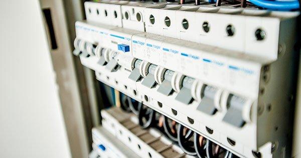 Guía para garantizar la seguridad eléctrica en instalaciones médicas