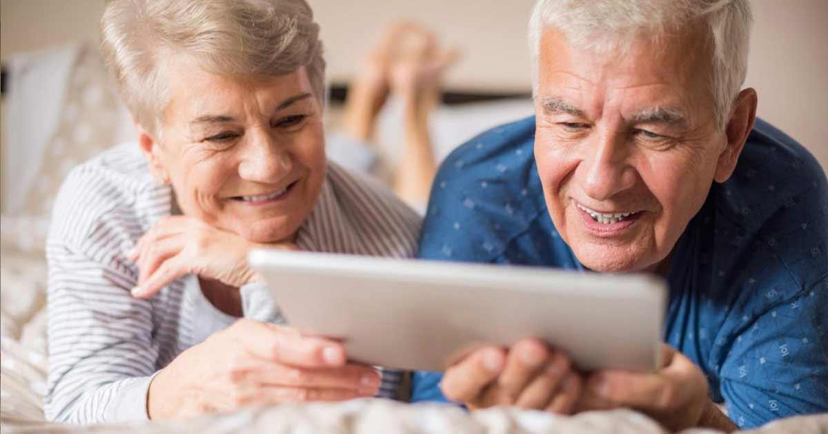Sistemas inteligentes para apoyar a personas de la tercera edad