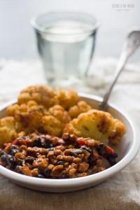 chili with cauliflower | seitanismymotor.com