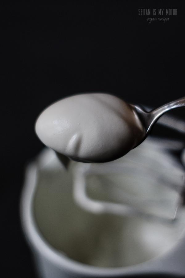 vegan beaten egg whites | www.seitanismymotor.com