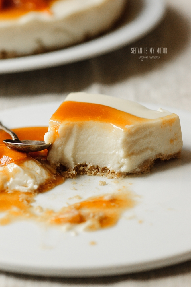 Apricot Cheesecake: vegan no-bake recipe. No cream cheese, no nuts.