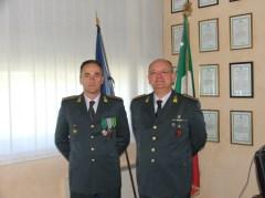 Il col. Paolo D'Amata (a dx) succede al col. Buffoni