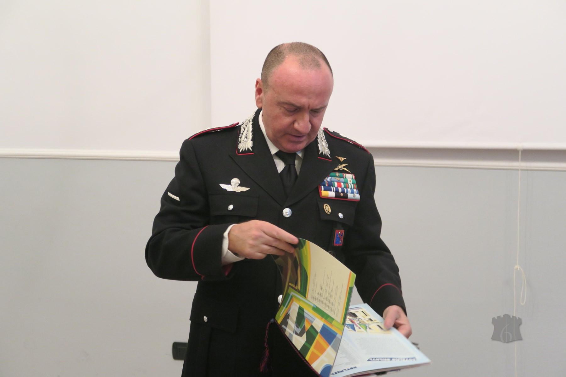 Carabinieri: Calendario 2018 presentato a Trento