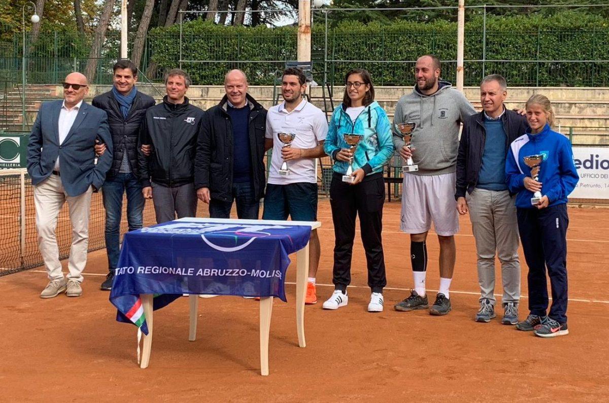 Tennis - Enrico Fioravante vince il 1° Torneo Open Città di Campobasso. Tra le donne il titolo va a Giulia Porzio