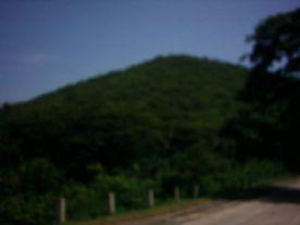 Letzte-Fotos-6-unscharfer-Hügel-ohne-Menschen