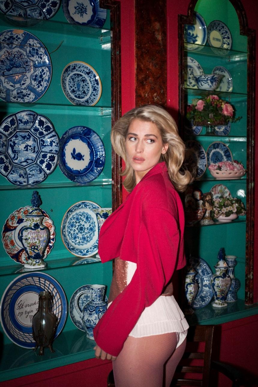 Hotel Volendam with Erin van Dongen