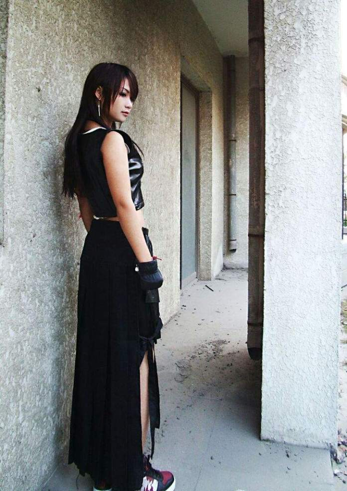 Tifa Cosplay - Final Fantasy VII - 03
