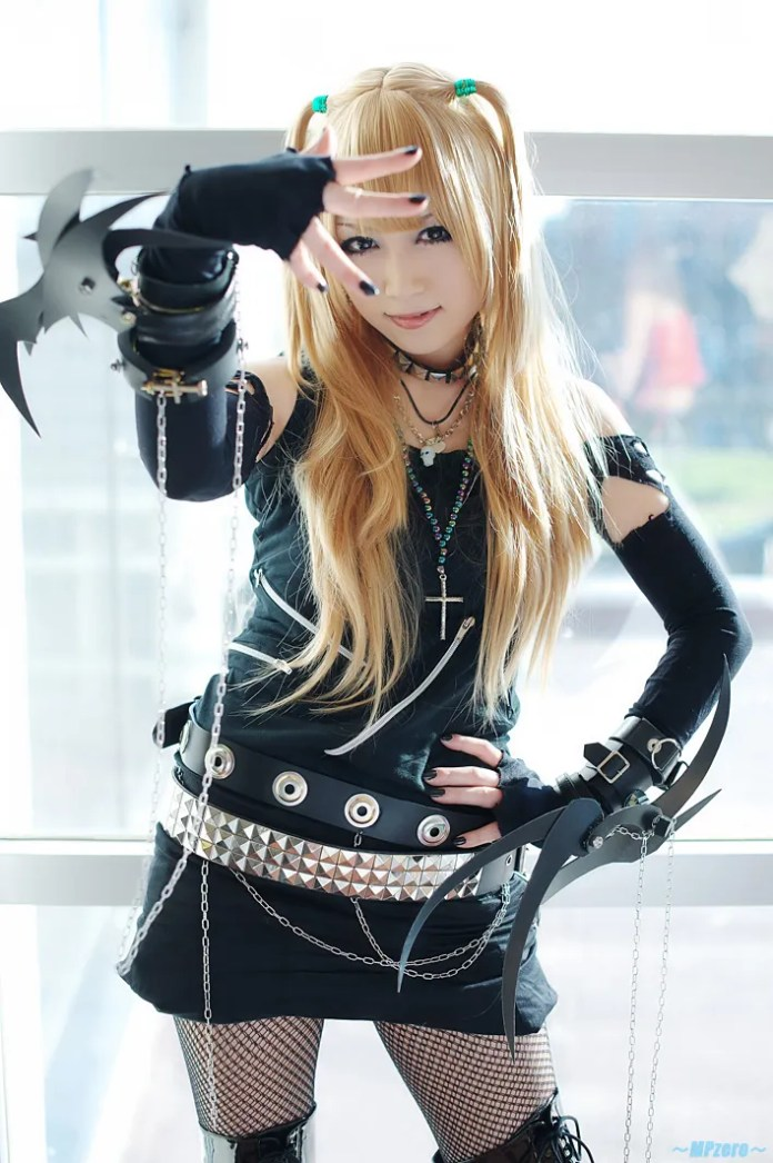 Misa Amane Cosplay - Death Note - Por Iori Cosplay 01