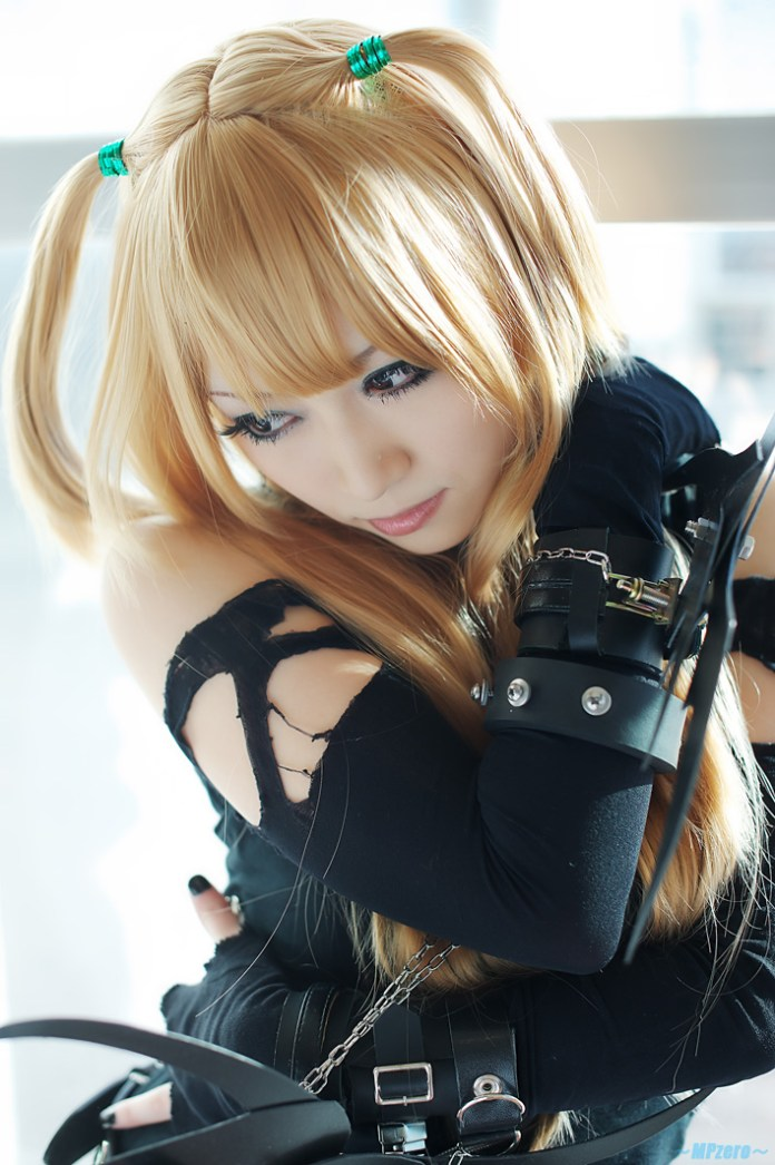 Misa Amane Cosplay - Death Note - Por Iori Cosplay 10