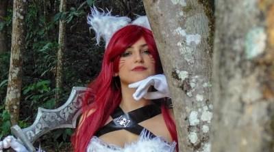 "Cosplay: Veja uma bela caracterização da ""Katarina Kitty Kat"", de League of Legends"